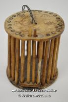 *CRICKET CAGE HAND MADE & DECORATED FROM BONE / 6.5CM HIGH [LQD197]