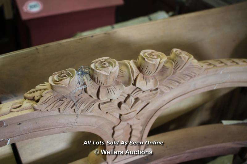 *CARVED WOODEN BENCH FRAME WITHOUT A SEAT, 92CM LONG - Image 4 of 5