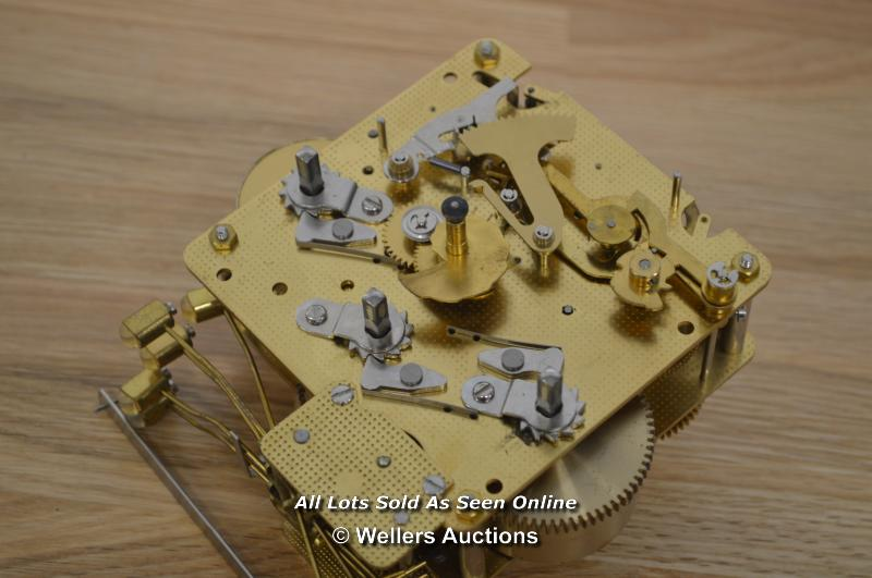 FHS MECHANICAL CLOCK MOVEMENT,COMPLETE,REF341-021 - Image 3 of 3