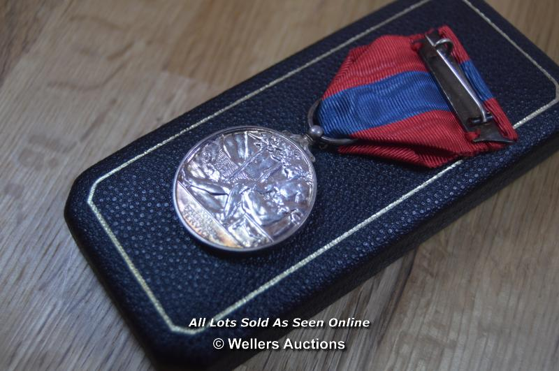 COLLECTION OF BRITISH MILITARY, NATIONAL SERVICE AND COMMEMORATION MEDALS, INCLUDING MINITURES - Image 5 of 8