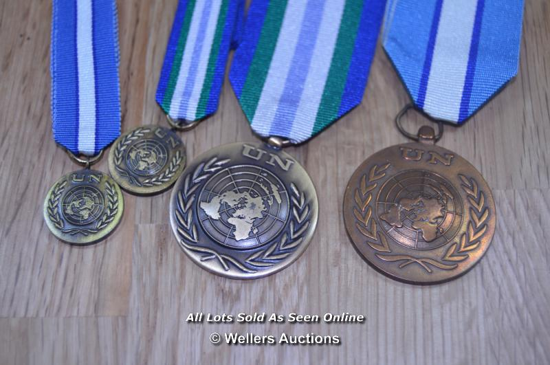 COLLECTION OF BRITISH UNITED NATIONS PEACE KEEPING SERVICE MEDALS 2X FULL 2X MINITURE (4)