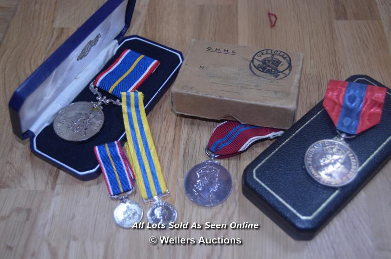 COLLECTION OF BRITISH MILITARY, NATIONAL SERVICE AND COMMEMORATION MEDALS, INCLUDING MINITURES