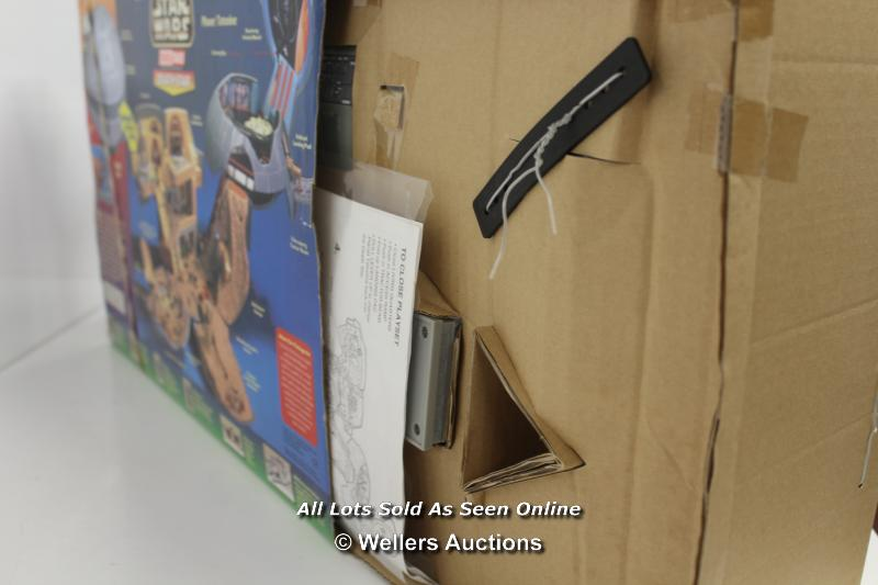 MICRO MACHINES DOUBLE TAKES DEATH STAR / TATOOINE PLAYSET. UNUSED, OUTER BOX OPENED - Image 4 of 4