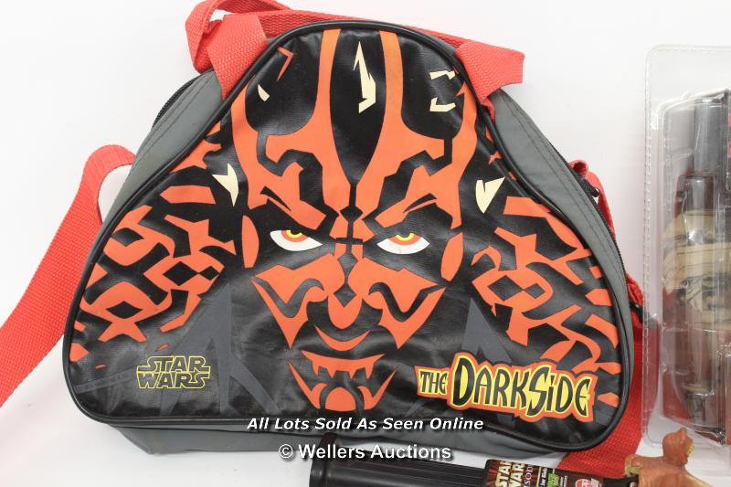 STAR WARS EPISODE 1 - ASSORTED ITEMS INCLUDING DARTH MAUL BAG, MILLENIUM LONDON SILK TIE AND PIT - Image 4 of 6