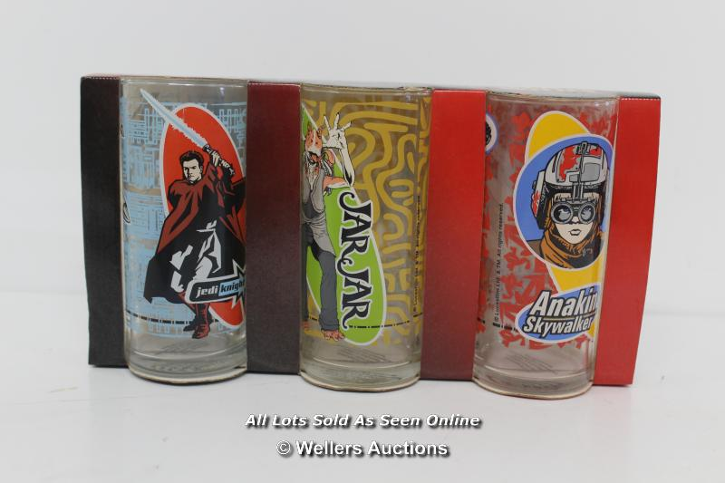 MIXED SELECTION OF SEALED STARWARS EPISODE 1, INCLUDING FINE LINE GLASSES,INTEX C3PO BLOW UPSEAT, - Image 4 of 4