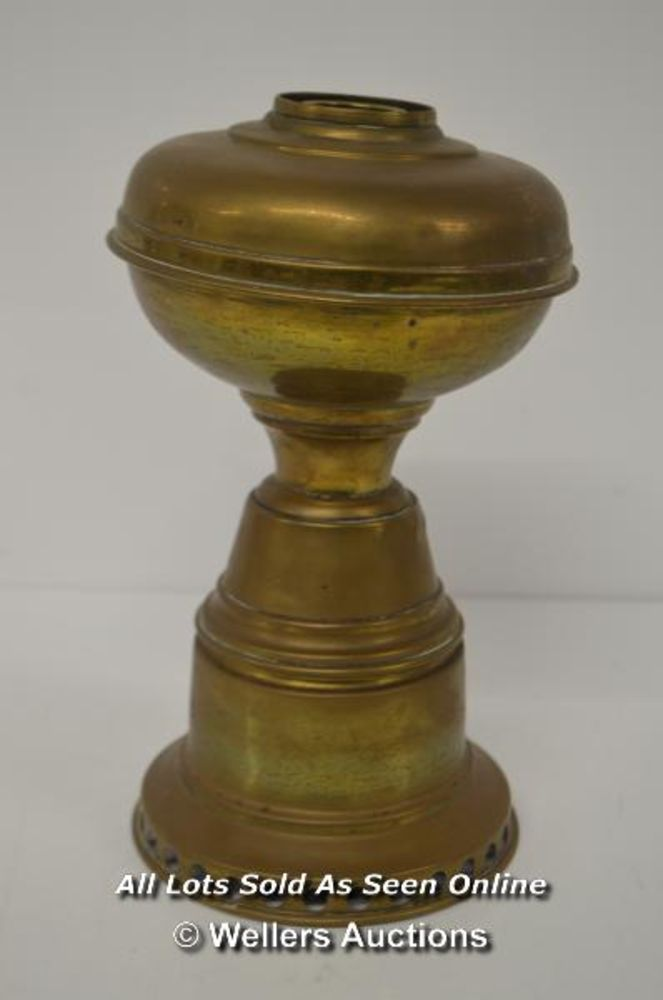 Friday Antiques Auction