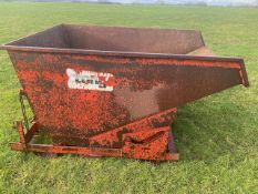 Tong Tipping Waste Skip