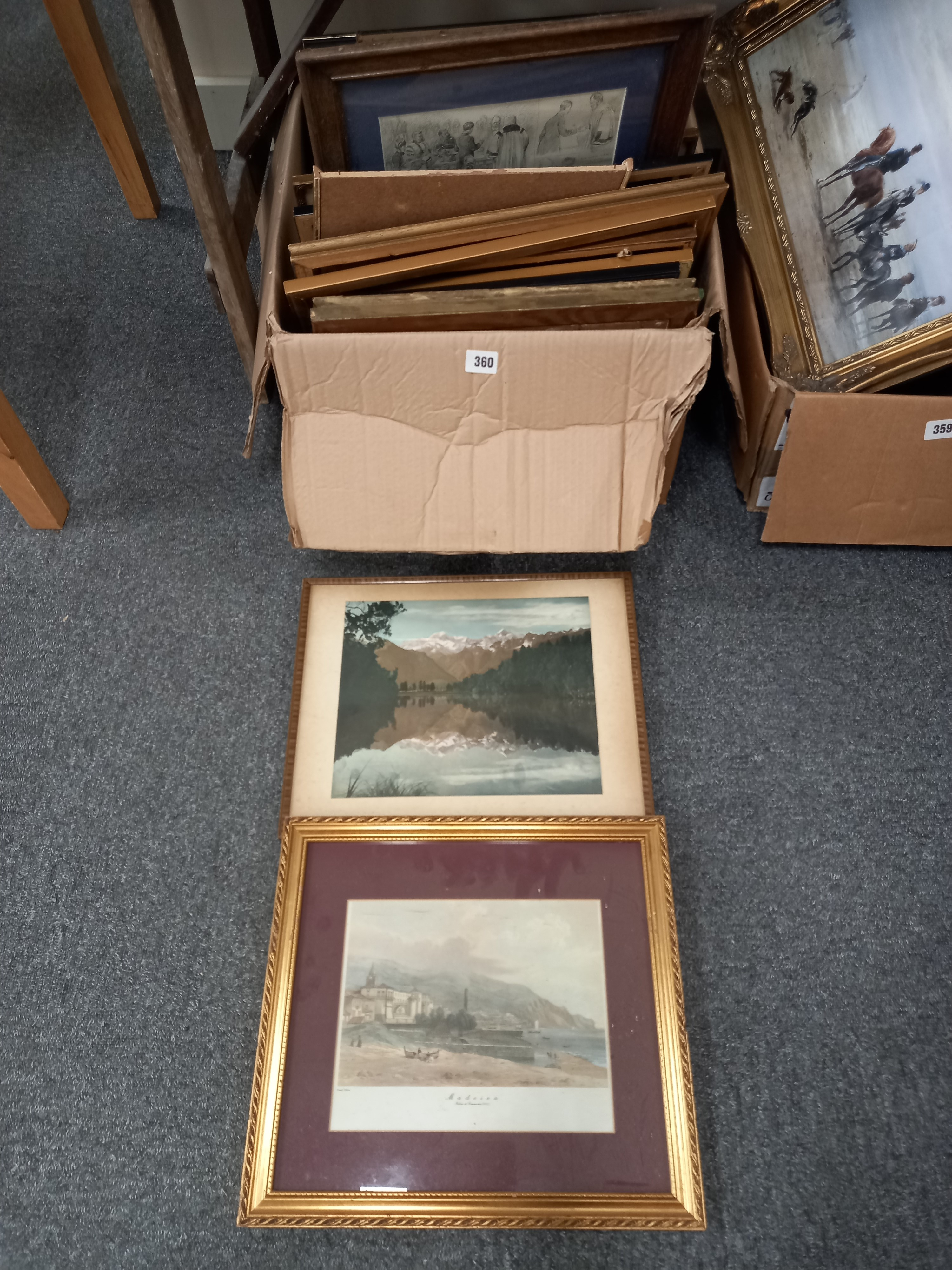 QUANTITY OF PRINTS AND FRAMES