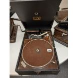 HIS MASTERS VOICE PORTABLE GRAMAPHONE