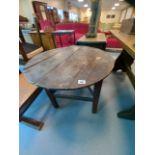 EARLY 19C OAK CRICKET TABLE