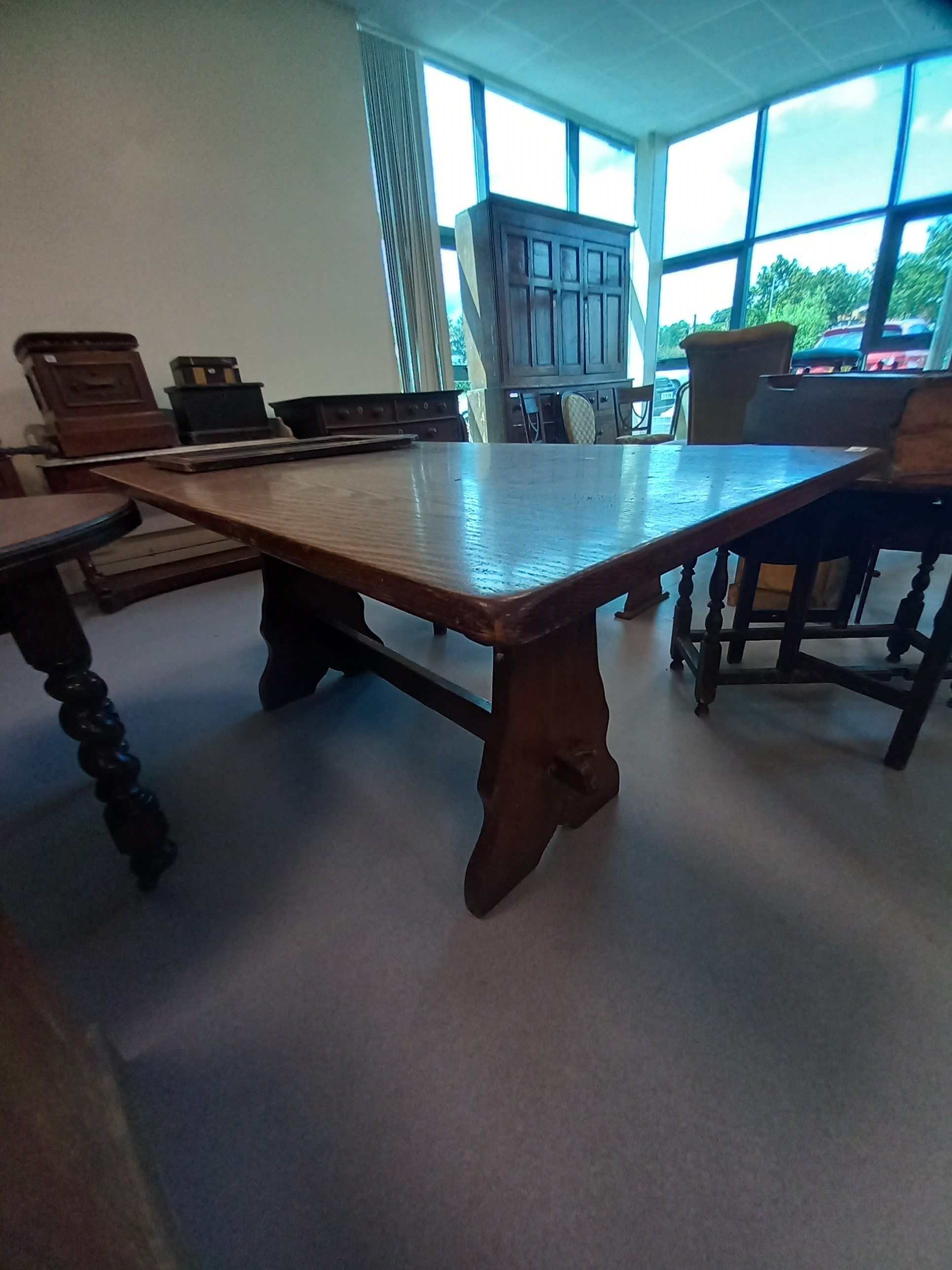 OAK REPRODUCTION DINING TABLE