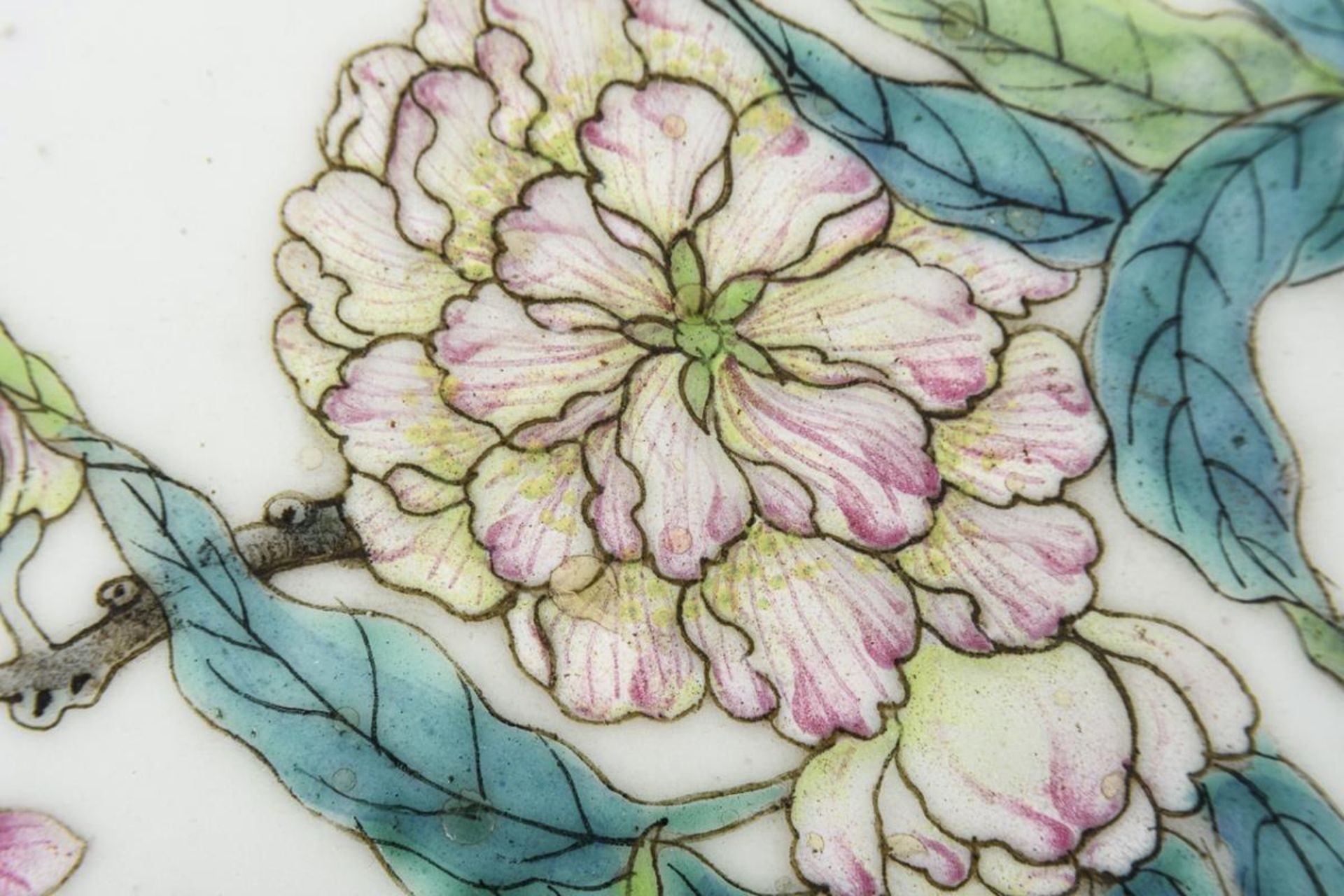 Große, museale Vase mit Pfirsichen und Pfirsichblüten - Image 7 of 10