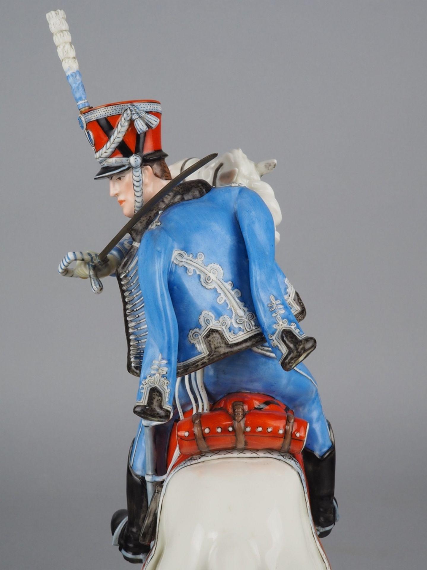 Nymphenburg Porcelain Manufactory: Officer of the 2nd Royal Bavarian Hussar Regiment on horseback. - Image 3 of 8
