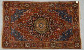 Bakhtiari-Orientteppich, alt (ca. 80 Jahre), Pflanzenfarben, mit farbenfroher und lebendiger Musteru