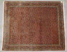 Bidjar, feine feste Knüpfung, mit Herati durchgemustert, komplett, hochflorig; Maße 241 x