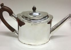 A large good quality George III silver teapot. Lon