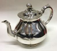 A good quality early Victorian silver teapot of me