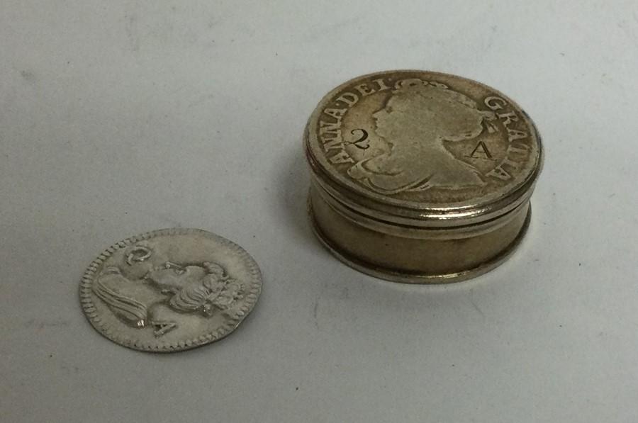 A rare 18th Century silver gilt counter box togeth - Image 2 of 3