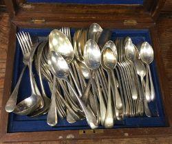 An OE pattern silver plated cutlery service. Est.