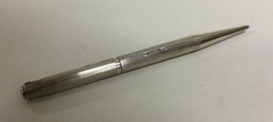 A good quality silver pencil of engine turned desi