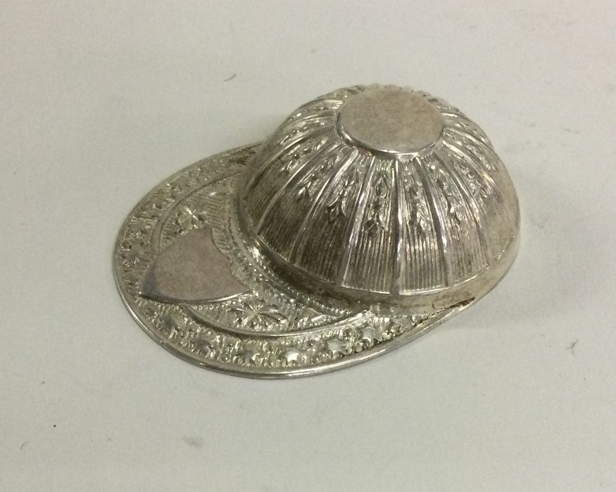 A good unusual silver caddy spoon in the form of a