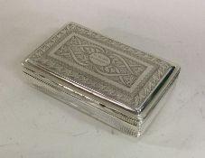 A heavy Georgian silver snuff box attractively dec