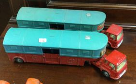CORGI: Two diecast toy 'Chipperfield's Circus' lor