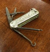 An attractive Edwardian silver fruit knife / butto