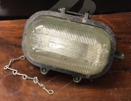 A Heavy Duty Industrial workshop light. Est. £5 - £10.