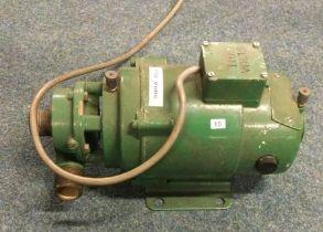 A vintage Stuart Turner No 12 Electric Centrifugal Water Pump. Est. £10 - £20.