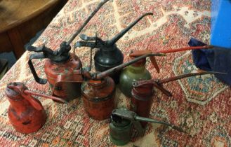 A selection of 7 Lever-Type Oil Cans. Est. £5 - £10.