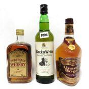 3 bottles, 1x Grant's Royal 12 year old Scotch Whisky circa 1970s 26 2/3 fl oz 75.