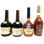 4 bottles of Cognac, 2x Courvoisier VS 70CL 40%,