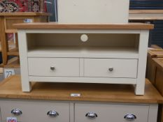 Small cream painted oak TV audio unit with shelf and large drawer under (28)