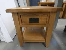 Oak lamp table with shelf under (16)
