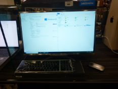 Medion 24inch all in one computer with keyboard and mouse. Intel Core i5 8th generation processor,