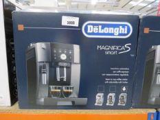 Boxed De'Longhi Magnifica Smart coffee machine