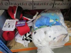 Bag containing mixed childrens' blankets, makeup removing cloths, etc