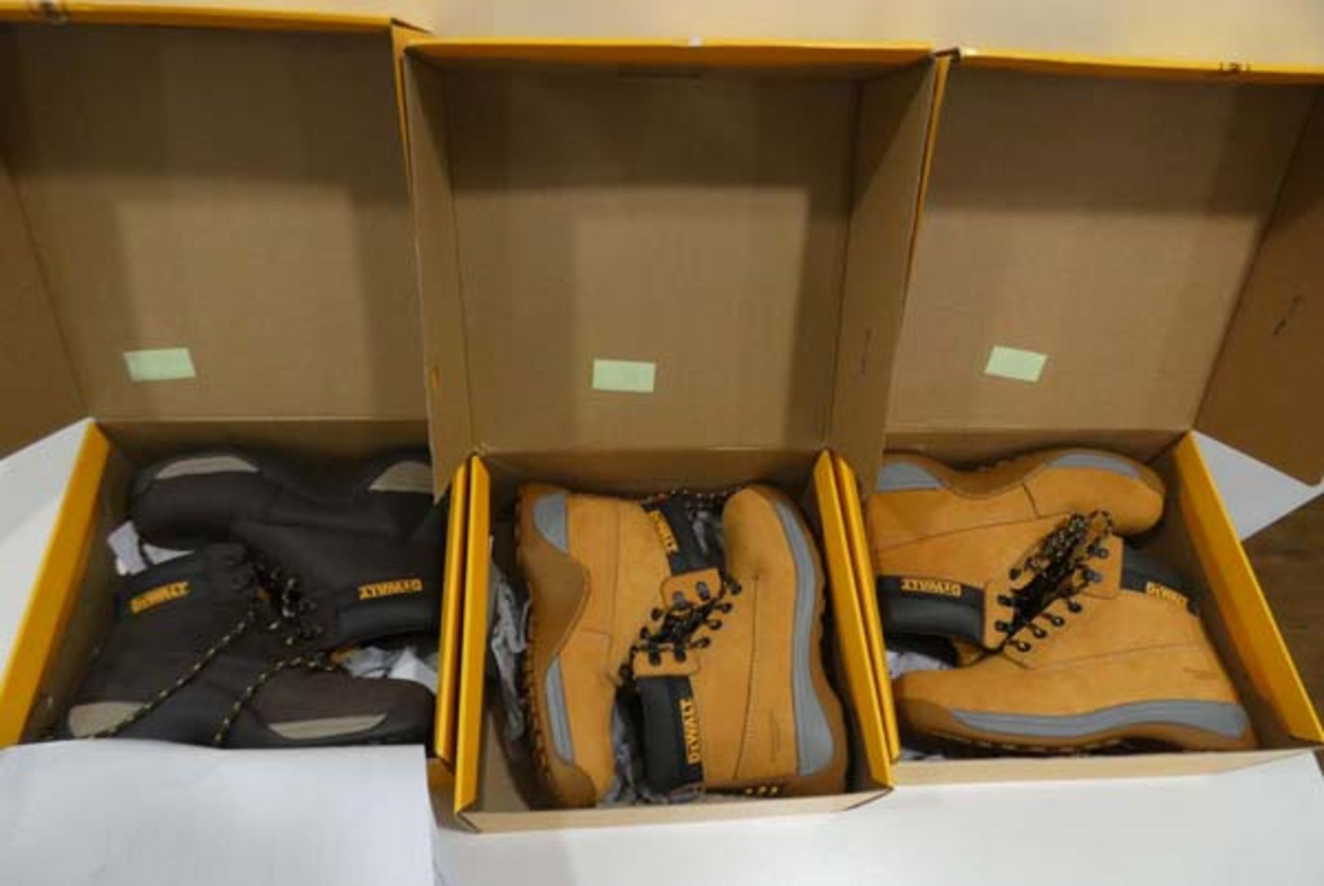 3 Pairs of DeWalt mason industrial steel top capped boots in sizes 11, 8 & 7 - Image 2 of 2