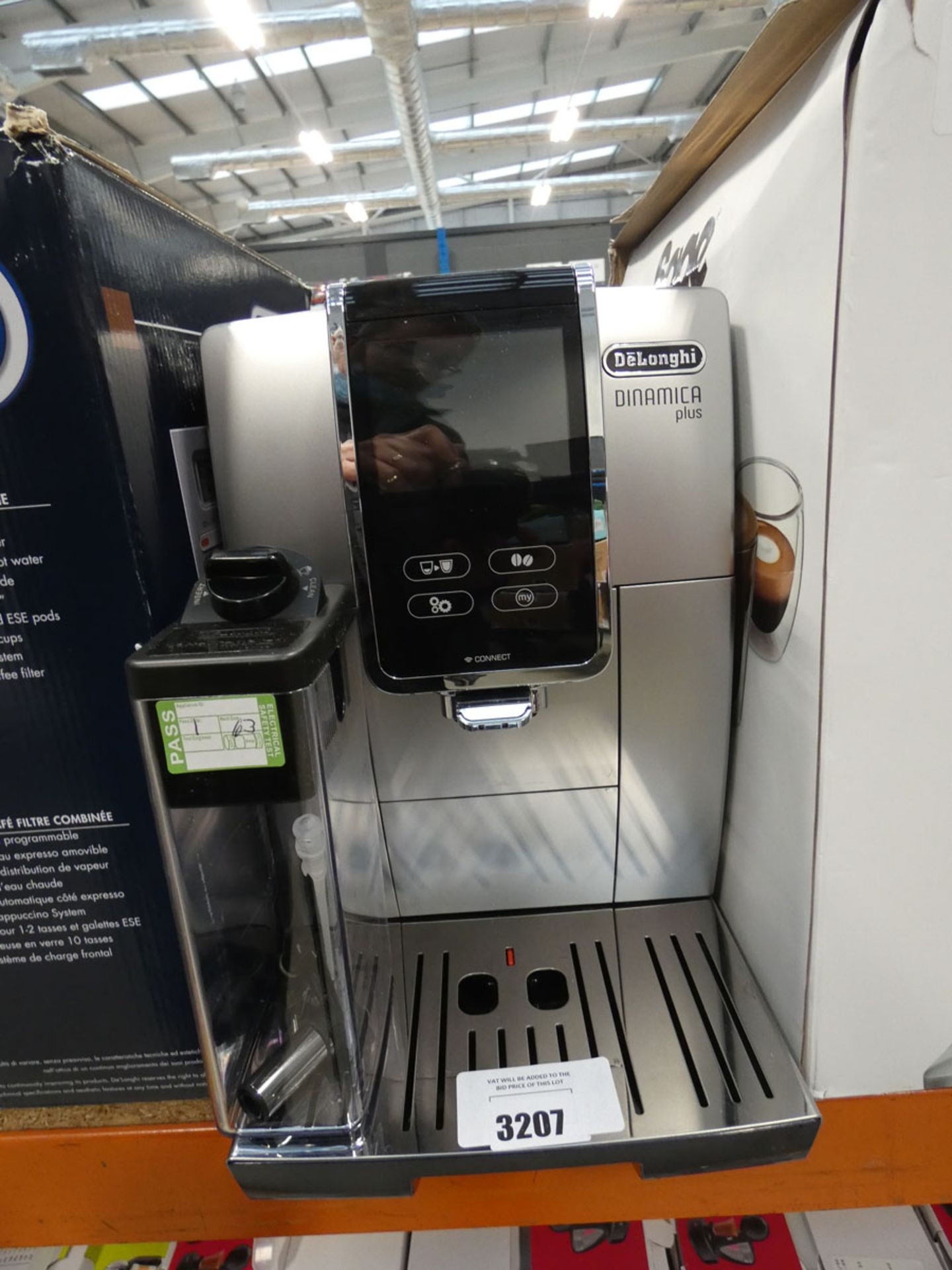 Unboxed De'Longhi Dinamica Plus coffee machine
