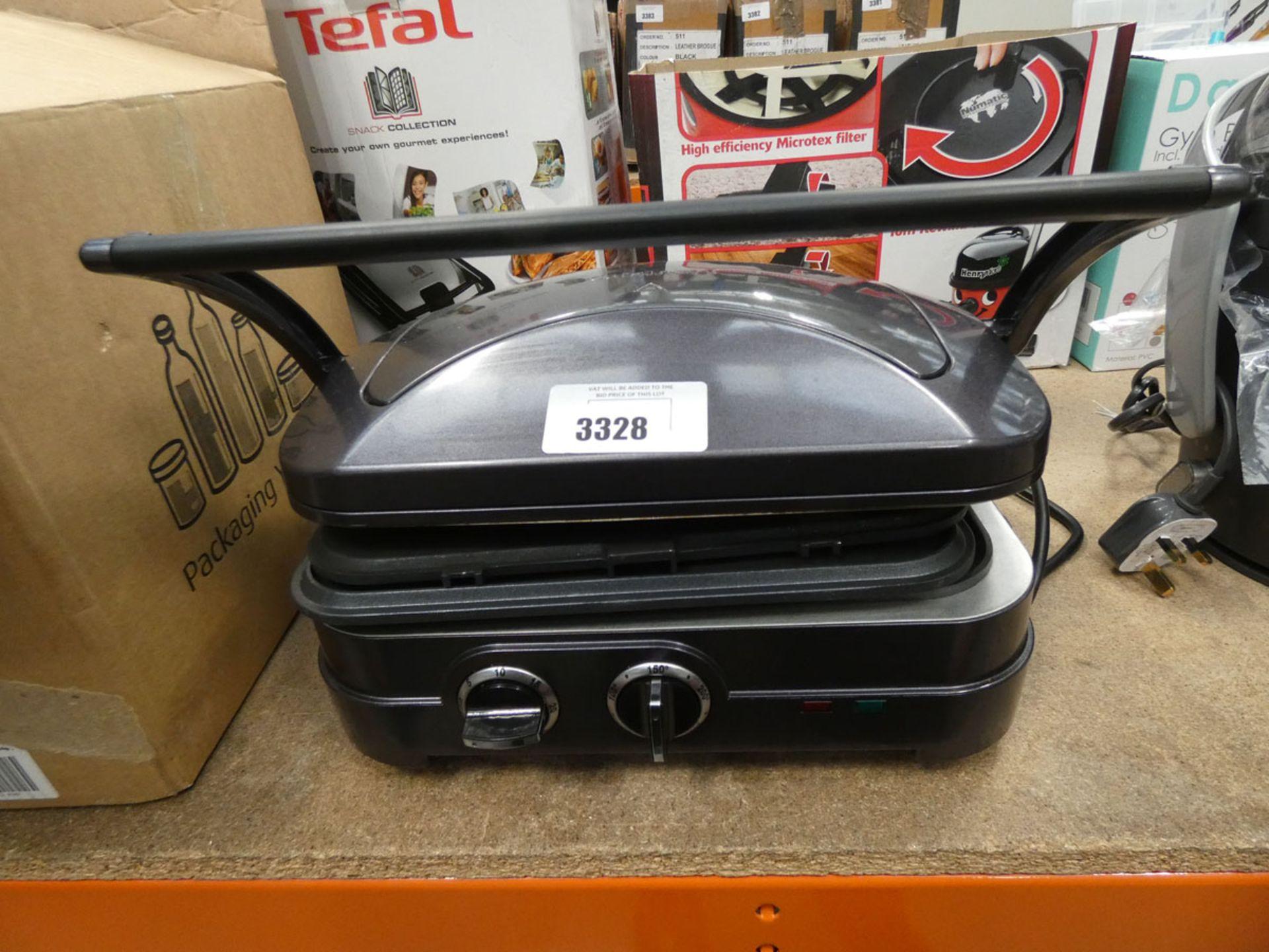 (TN29) Cuisinart grill