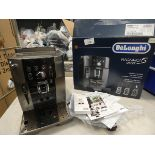 3007 - Boxed De'Longhi Magnifica smart coffee machine