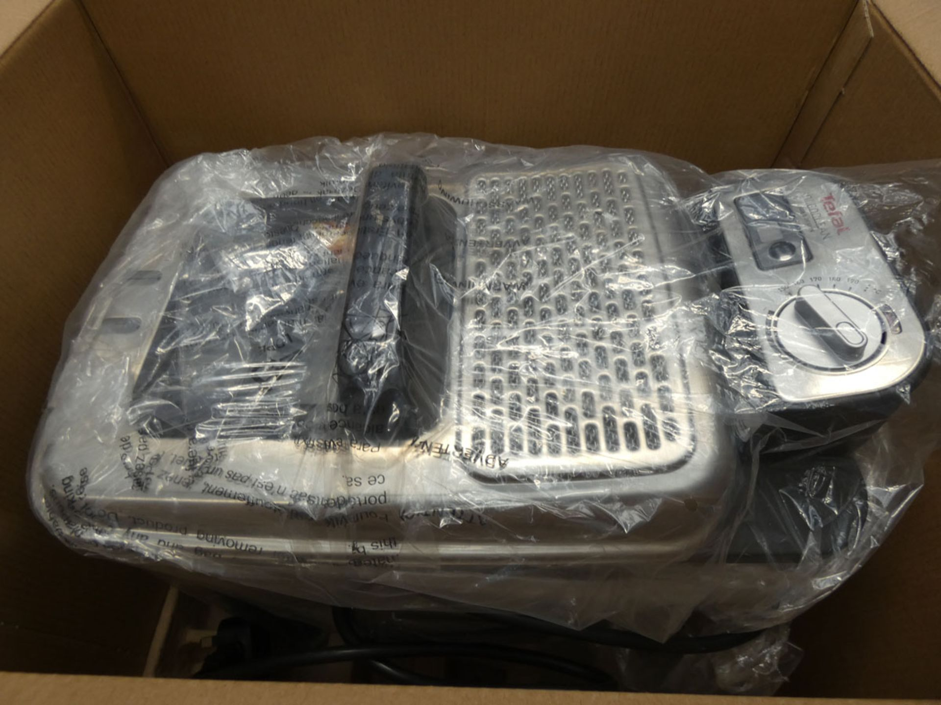 (TN95) Boxed Tefal filter fryer - Image 2 of 2
