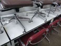 150 cm high level grey metal leg and white work top work station with electronic socket up stand