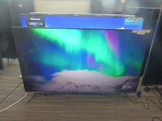R49 - 50'' TCL 4K TV model no: 50C715K includes box no: B125 this TV intermittently has a line