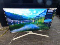 R3 - 43'' Samsung 4K TV model no: UE43TU8510U box no: B83