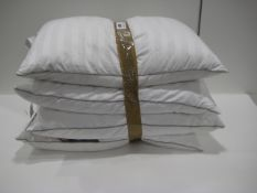 4 Hotel Grande pillows, unbagged