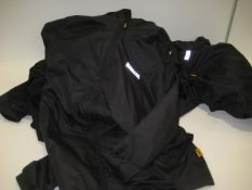 5 black DeWalt lightweight hooded jackets in black in sizes ranging from M - XXL