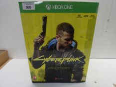 CyberPunk 2077 XBOX ONE Collectors edition Game with '' V in Action '' figurine , ,Steelbook case,