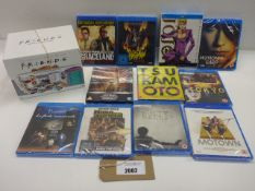Bag containing quantity of Blu-Ray and DVD films/boxsets